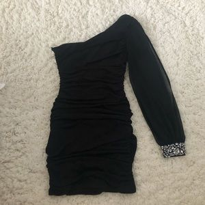 Little black dress with sleeve accent and details